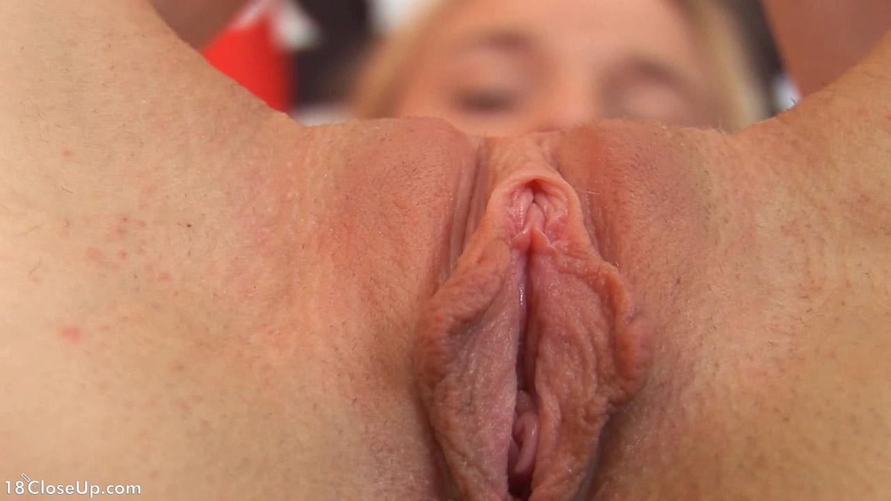 hairless pussy slit
