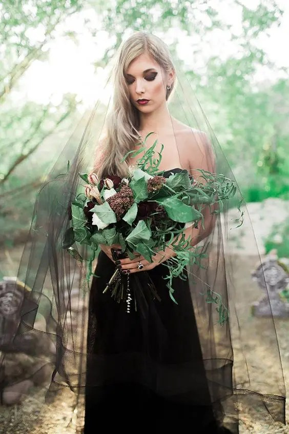 a black veil is great for a dramatic or Halloween bride wearing a black dress