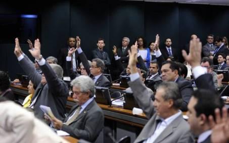 Discussão sobre a PEC 241 será retomada esta semana na Câmara dos Deputados
