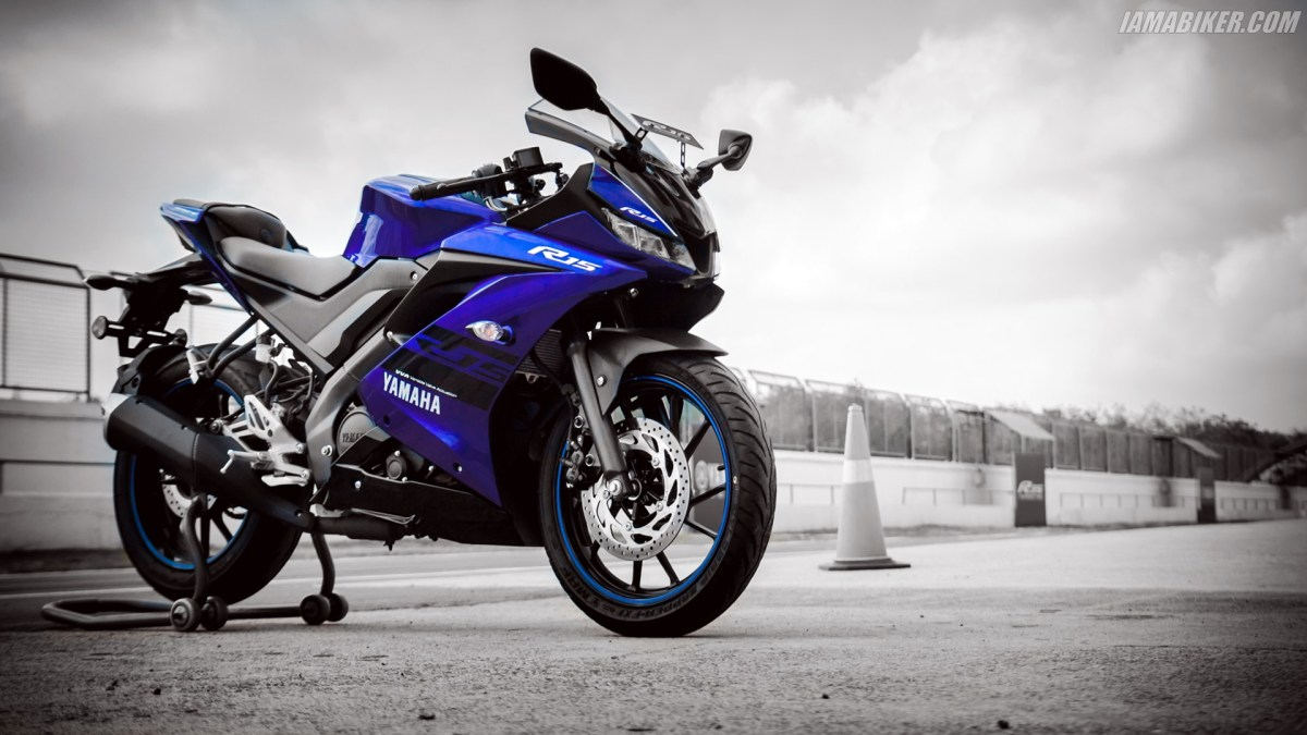 Yamaha R15 V3 HD wallpapers | IAMABIKER