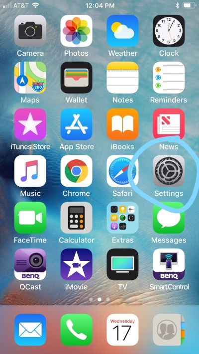 How to change your Home Screen Wallpaper / iPhone - SDM Foundation