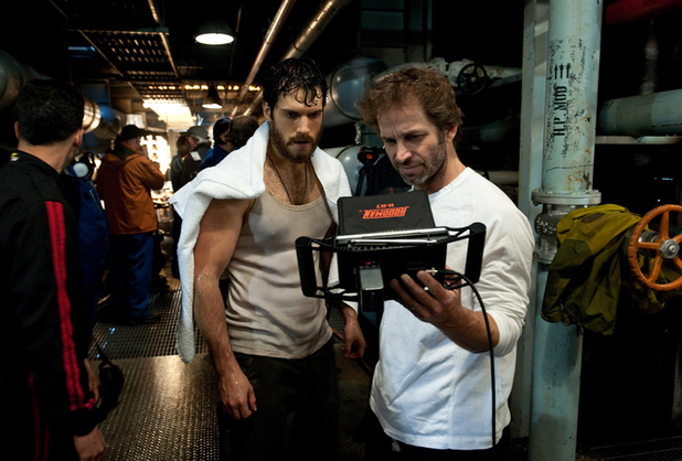 Henry Cavill, Zack Snyder on the set of Man of Steel