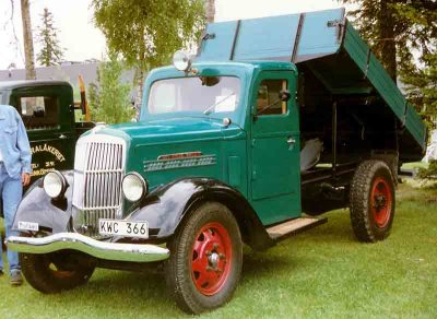 Curbside Classic: 1949 REO Speedwagon Pickup Truck – The Hunting Trophy