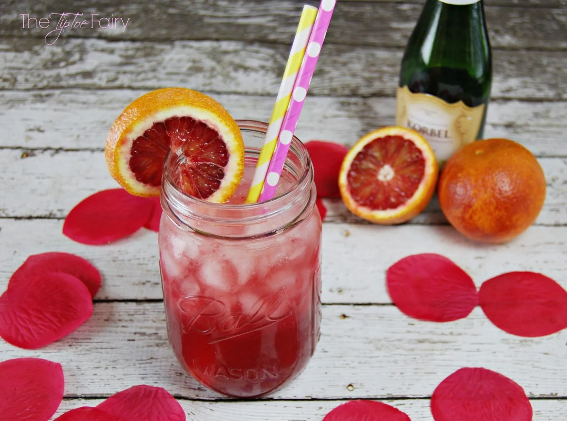 Lascivious Love Potion - a delicious cocktail drink perfect for your sweetie for Valentine's Day | The TipToe Fairy #drink