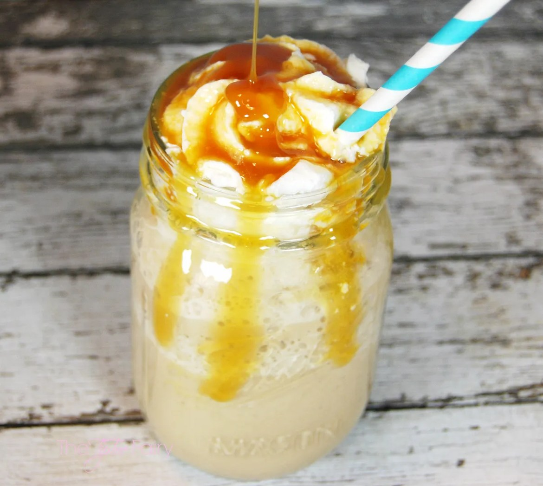 #IcedDelight Sweet Toffee Cream Frozen Coffee | The TipToe Fairy #coffeedrinks #coffeerecipes