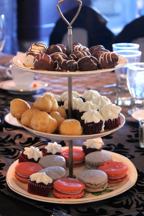 Wedding dessert tray | Korena in the Kitchen
