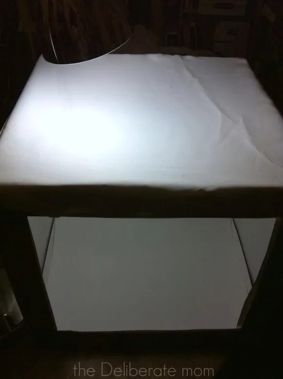 What the DIY Photography Light Tent looks like assembled http://thedeliberatemom.com