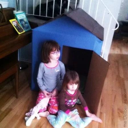 Our homeschool schedule includes play time. #homeschool #schedule