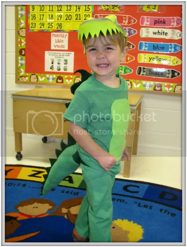 Halloween Wrap Up! DIY Kid Costumes and a Night at the Fair #Halloween #HalloweenCostumes #AlligatorCostume #DIYCostumes