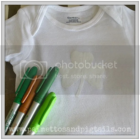 DIY St. Patrick's Day T-Shirt