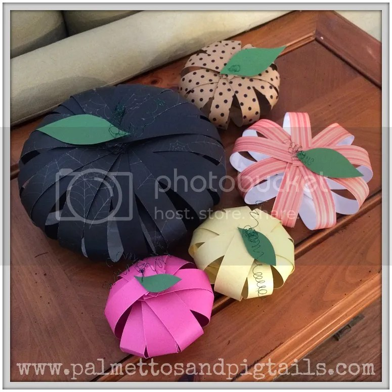 DIY Paper Pumpkins- a kid friendly Fall craft