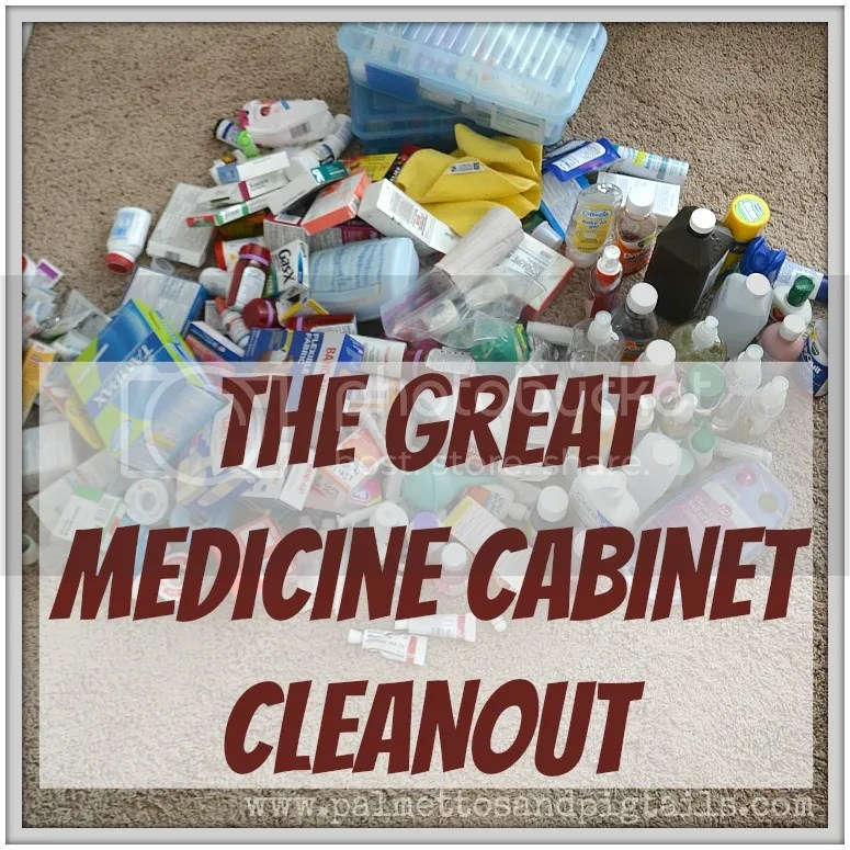 How to Safely Clean Out Your Medicine Cabinet and Dispose of Expired Medication