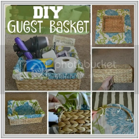 #DIY Welcome Basket with tutorial, free printables and a list of essentials! #HostingHacks #ad #CollectiveBias #HolidayHosting #ad @Costco