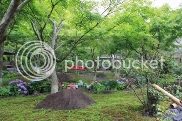 photo YutokuInari-Shrine-18.jpg