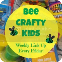 Bee Crafty Kids Blog Hop #4 ~ How to Make Maths Manipulatives with Craft Sticks *with FREE activity printable*