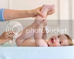 Tips Cara Mengganti Popok Bayi
