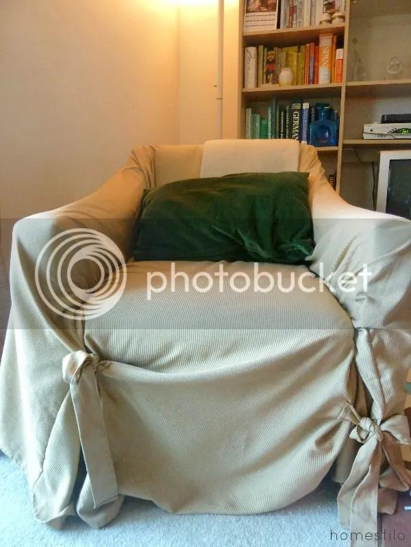 photo homestilo-slipcover-chair-before.jpg