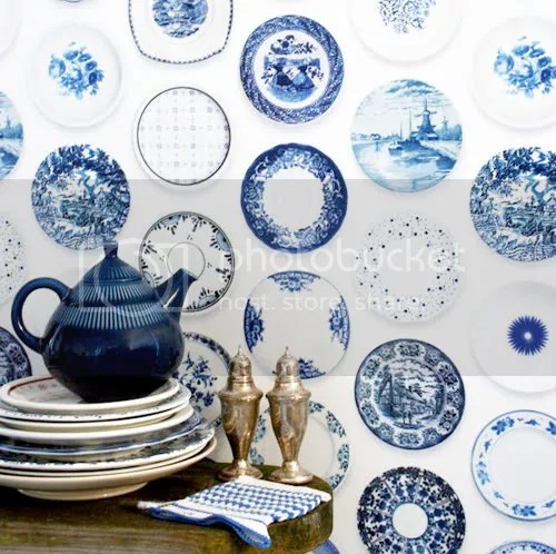 Plates Wallpaper + Why Limited Color Palettes Can Work