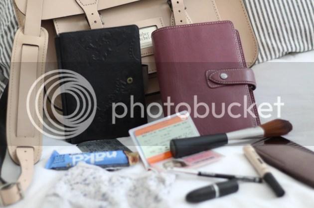 photo Whats In My Handbag - Intern Edition - 6_zps8ky5beln.jpg