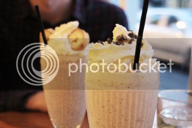 photo Burgers and Cocktails Review Brighton 6_zpsfelerkxz.jpg