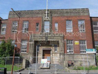 The Hidden Glasgow Forums • View topic - Old Primary School: Carnwadric Primary School (1939 - 2008)
