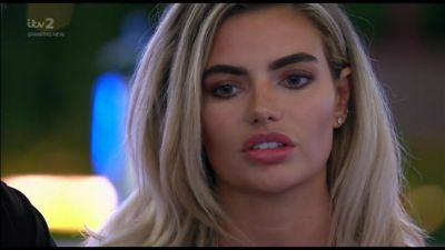 Love Island fans are livid with Megan after she brands Georgia a