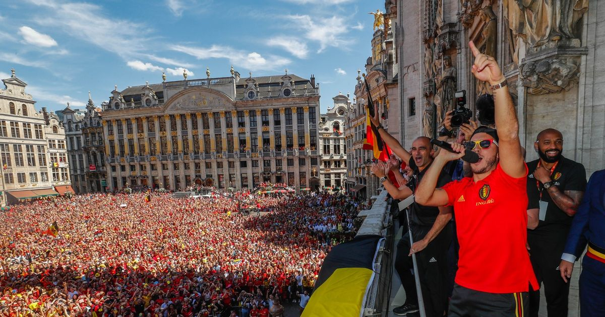 Belgium stars given heroes  welcome by tens of thousands of fans in     Belgium stars given heroes  welcome by tens of thousands of fans in  Brussels after reception with King Philippe   Mirror Online