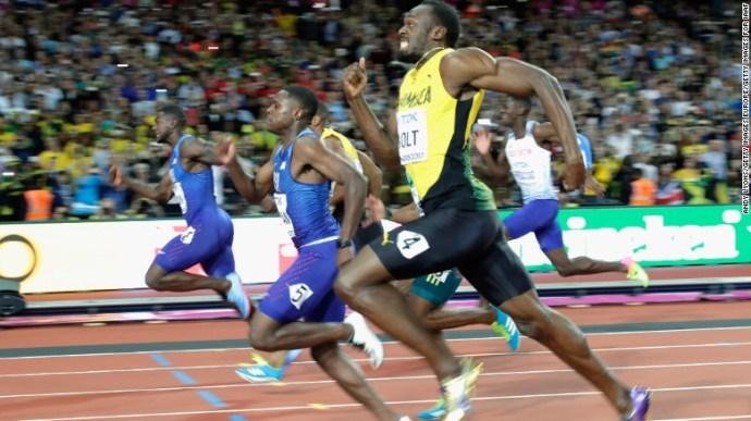 Usain Bolt, Justin Gatlin dip for the line