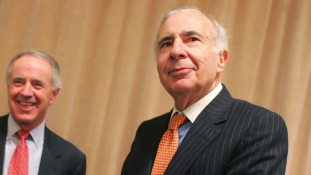 Carl Icahn: 'The minimum wage should go up'