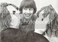 http://i2.wp.com/i205.photobucket.com/albums/bb42/MadiYasha/Ringo_Starr__D_by_Akatsuki_chic2.jpg?w=200