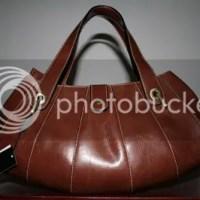 Buy A Guuuci Hand Bag