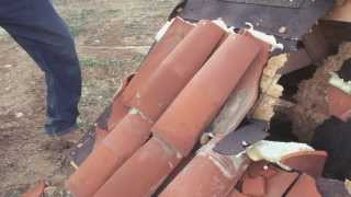 Hurricane: Shingle vs Tile Roof