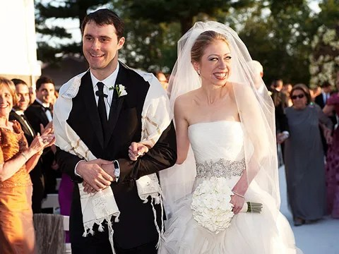 Chelsea Clinton Wedding Photos - dress by Vera Wang