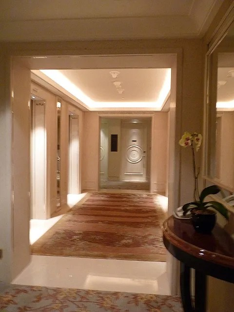 St. Regis Hotel Singapore fifth floor hallway