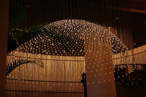 Light installation at the lobby of the Peninsula hotel Tokyo