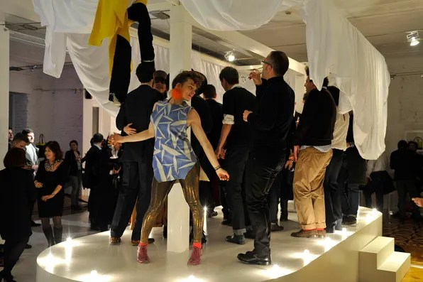 Sissi dancing at Furla, Milan