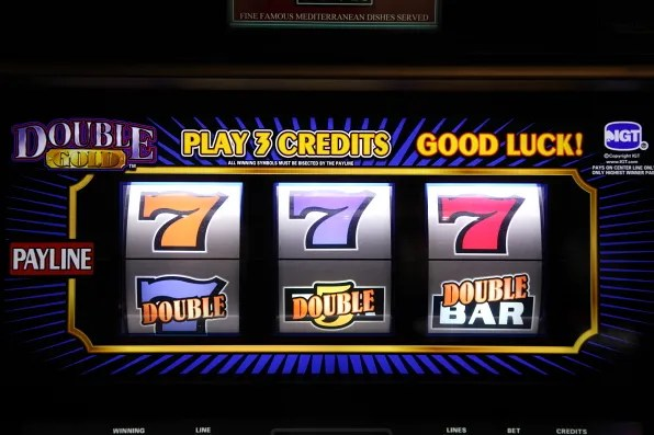 Double Gold slot machine 777 Las Vegas