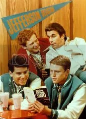 039 45554Happy Days Posters Shoots Moose