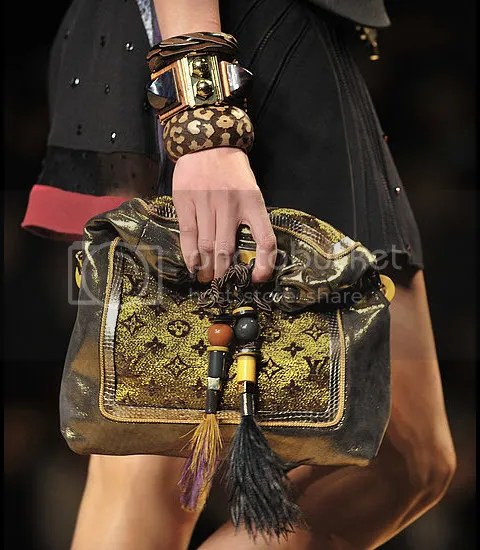 First Look: Louis Vuitton Spring/Summer 2009