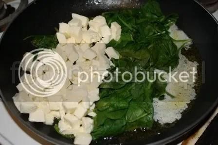 Filety z kurczaka ze szpinakiem wykwintne srednie smazone polska kurczak i drob danie glowne codzienne  przepis foto