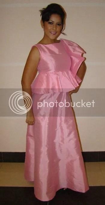 raja farah baju pink