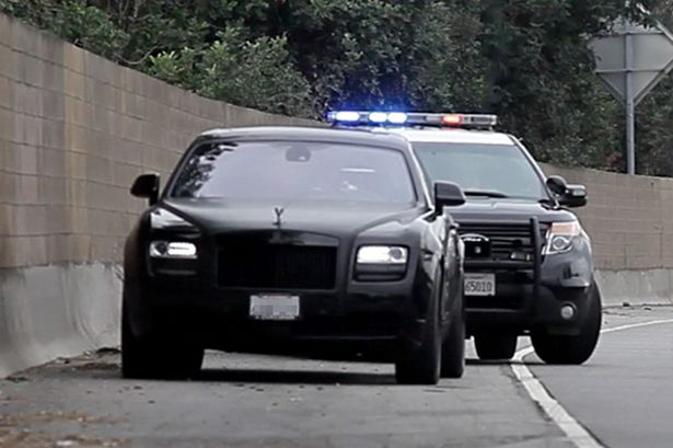 Kim Kardashian gets Pulled Over by the Police