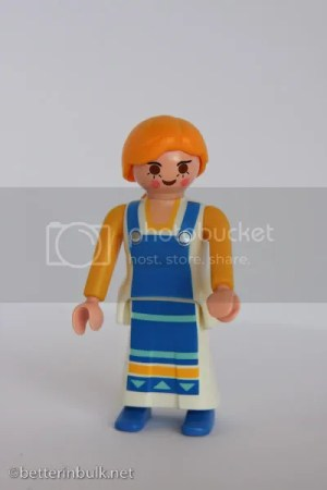 Playmobil doll at ISO 1600