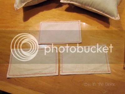 how to make Christmas pillows yourself