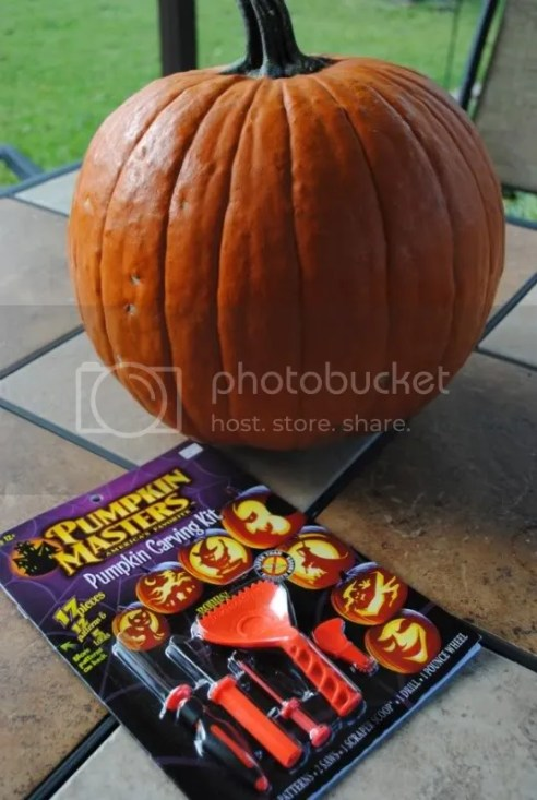 Pumpkin and Carving Set