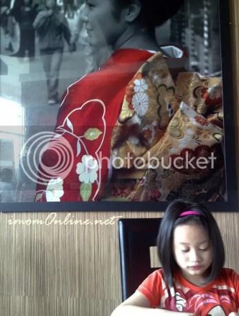 V at red kimono restaurant