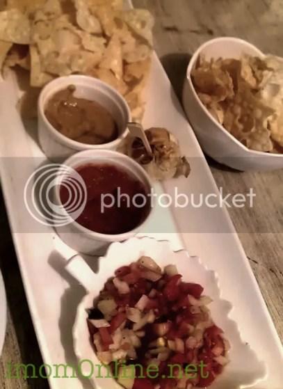 Nomnomnom Happy Food vegetarian restaurant Fourplay