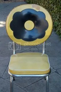 Vinyl cracked ice diner chair yellow black white piping