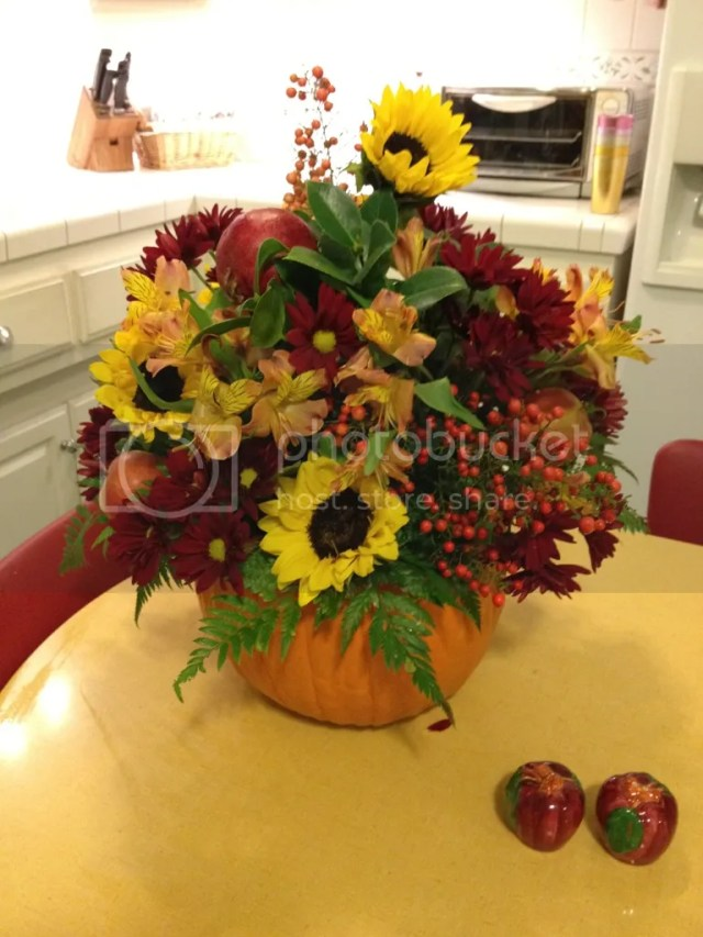 Making A Fun Floral Arrangement for Thanksgiving | Hanbury House