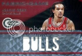 2010-11 Certified Joakim Noah Jersey Bulls